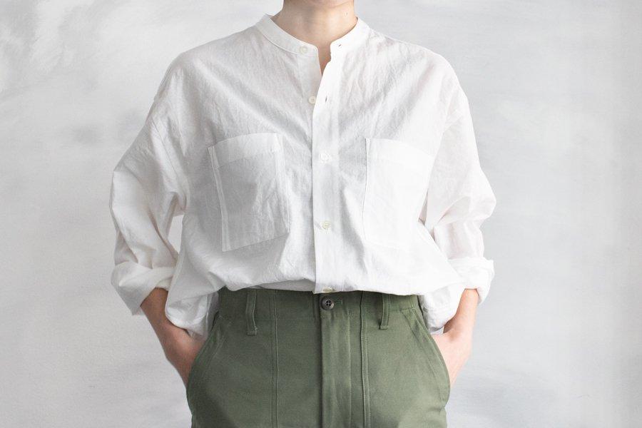WIRROW コットンリネン スタンドカラーシャツ WHITE