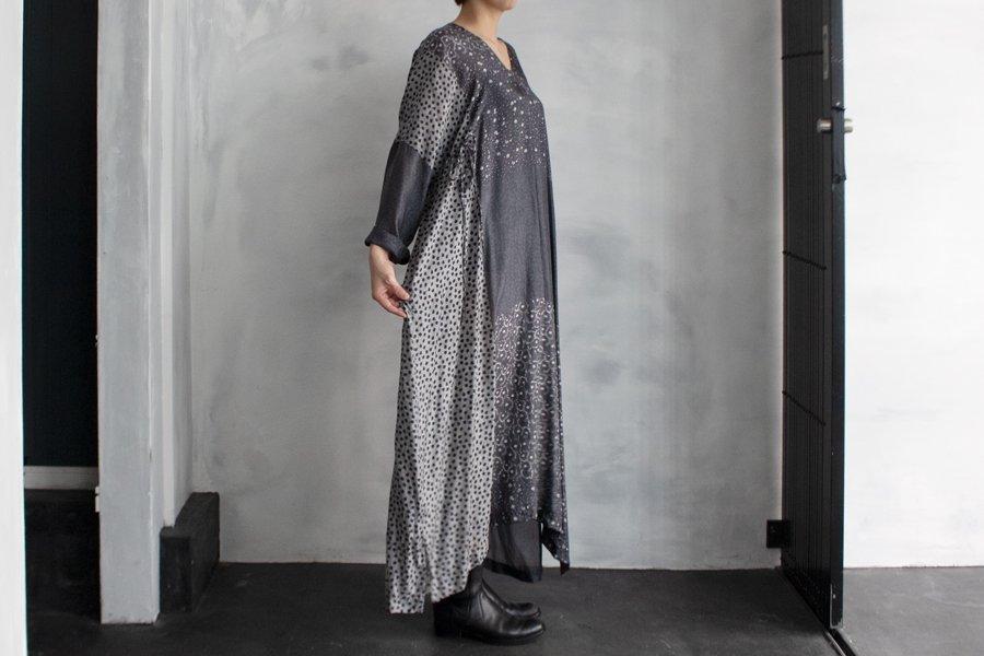 TOWAVASE「Sarasa」ドレス DARKGRAY