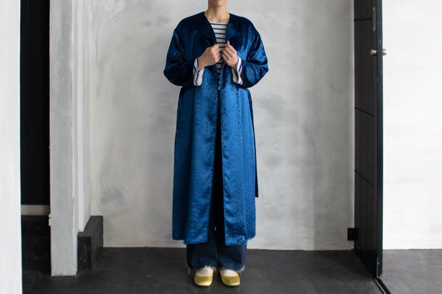 semoh 柄ベルベットノーカラーコート BLUE