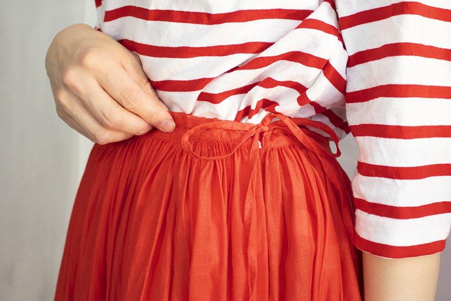 MAVUNO ギャザースカート CORAL RED
