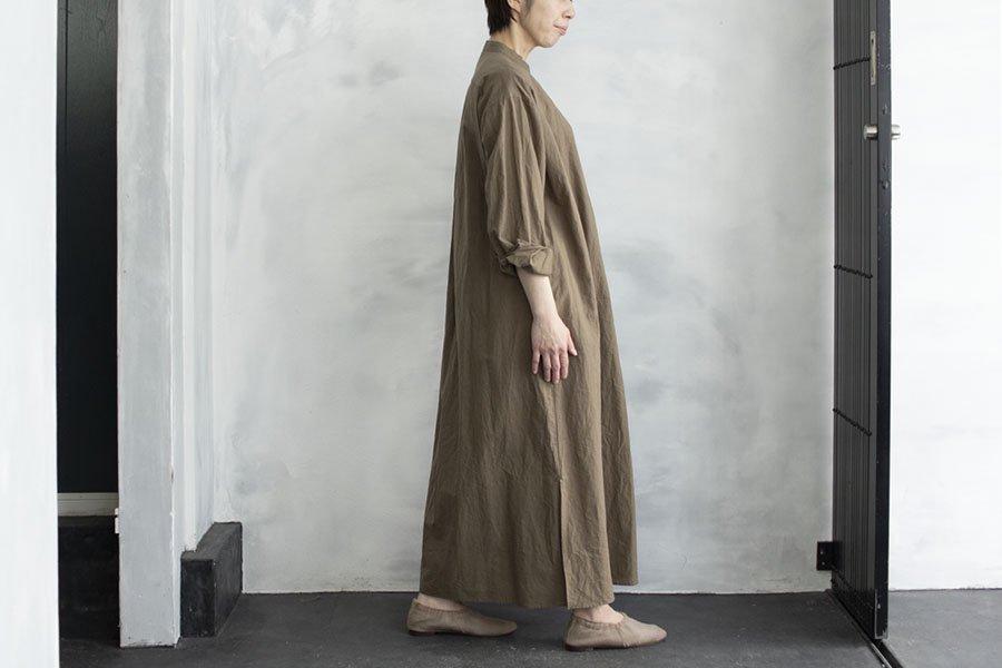 WIRROW コットンリネン スタンドカラーシャツドレス KHAKI BEIGE