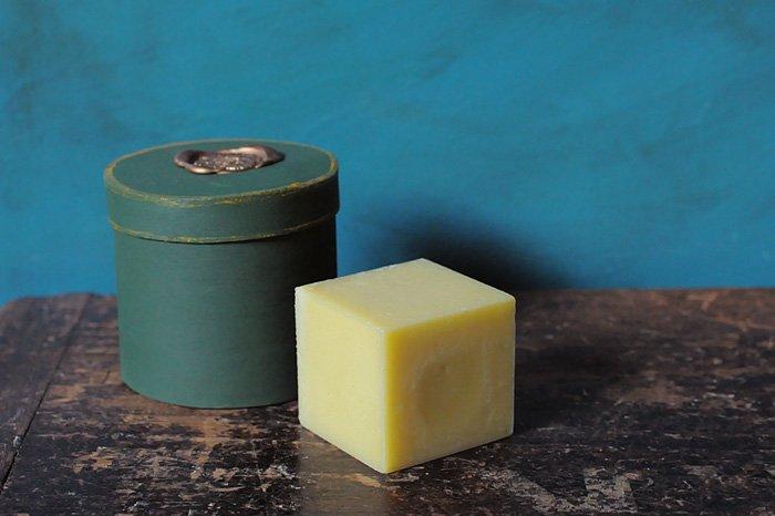 MAVUNO WOODBOX入りORGANIC SOAP(PLAIN)