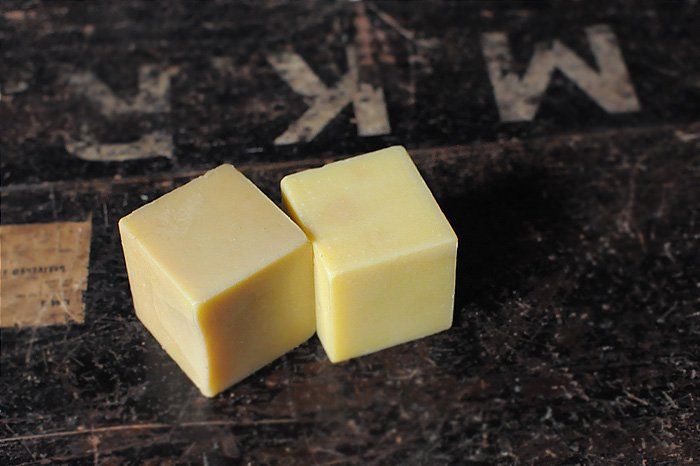 MAVUNO WOODBOX入りORGANIC SOAP SET(PLAIN×HONEY)