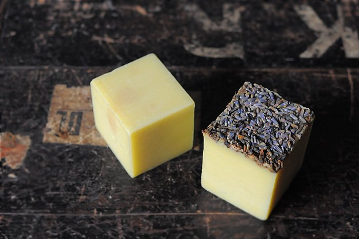 MAVUNO WOODBOX入りORGANIC SOAP SET(PLAIN×LAVENDER)