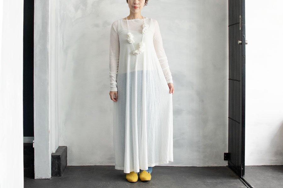 TOWAVASE 「花飾りをガーゼで」ドレス WHITE