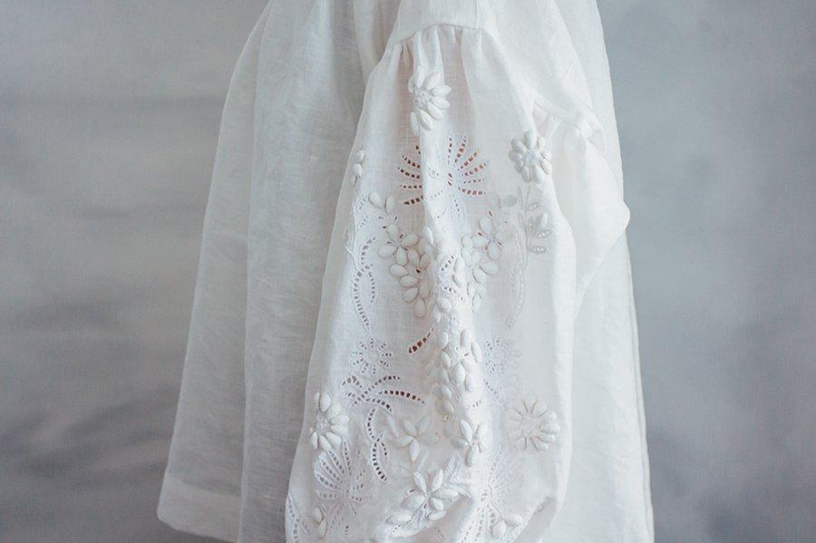 TOWAVASE 刺繍スモックブラウスWHITE