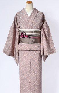 レンタル_K35:ピンクグレー地市松に小桜柄[F]×セピア地縞柄ロマン帯(半巾帯)