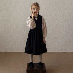 Popelin Black pinafore dress ポペリン ラップ風ワンピース(ブラック)