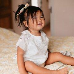 Louise Misha Blouse Sandrine Off-White ルイーズミーシャ ピエロカラースカラップ刺繍半袖ブラウス(オフホワイト)