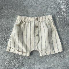 Play Up Shorts with decorative buttons Botany JOAO プレイアップ ストライプショートパンツ(ジョアン)
