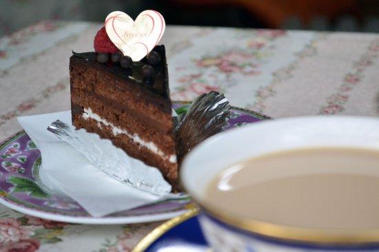 ほんのり甘みを感じるディンブラ紅茶(リーフ・100g・アルミパック入)