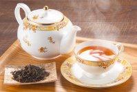 優雅で高級感のある琥珀色 マハラジャブレンド紅茶(リーフ・30g・アルミパック)