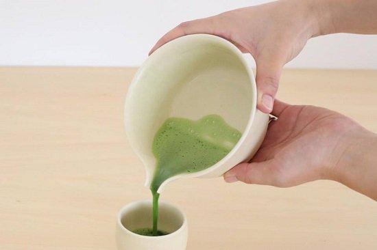 【すすむ抹茶片口】(有田焼)|オリジナル茶具ブランド「すすむ屋茶具」