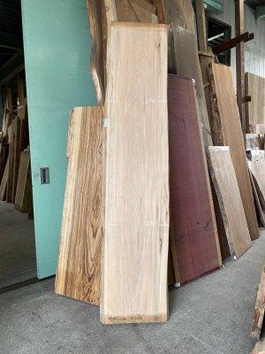 胡桃(くるみ)無垢一枚板  ベンチ用の板材