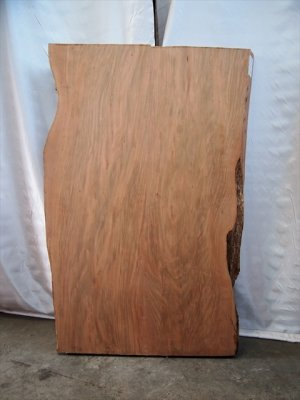 山桜二枚ハギ板  テーブルの天板材