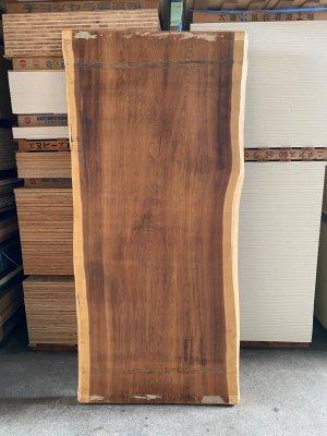 杉無垢一枚板 柾目の部分が多い安心な板
