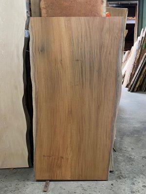 欅 無垢ニ枚はぎ板 柾目で希少な天板