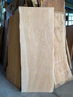 塩地(シオジ)一枚板  テーブル用の天板材