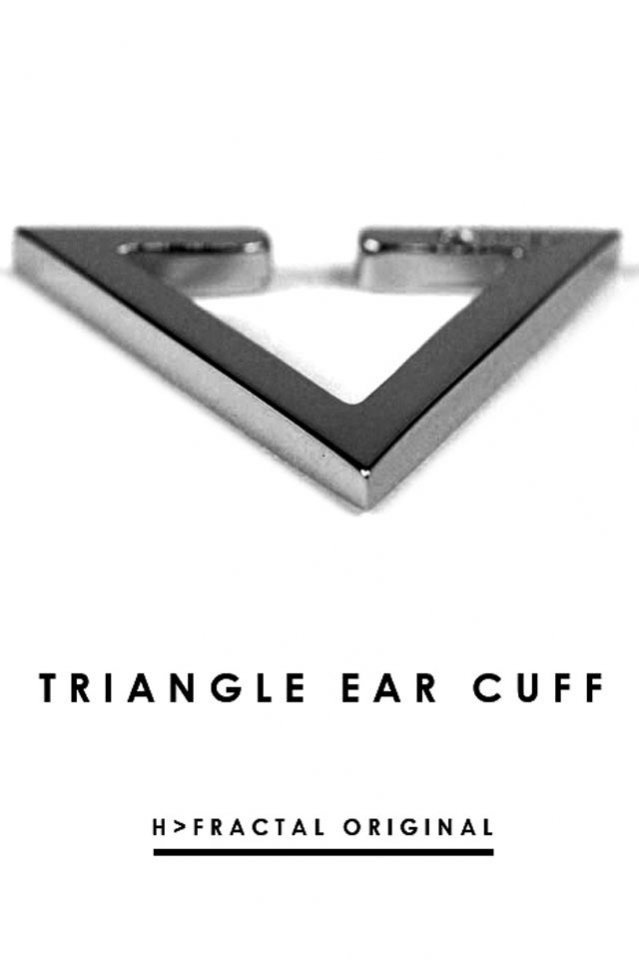 TRIANGLE EAR CUFF(GUNMETAL BLACK)「フラクタル」[アクセサリ]