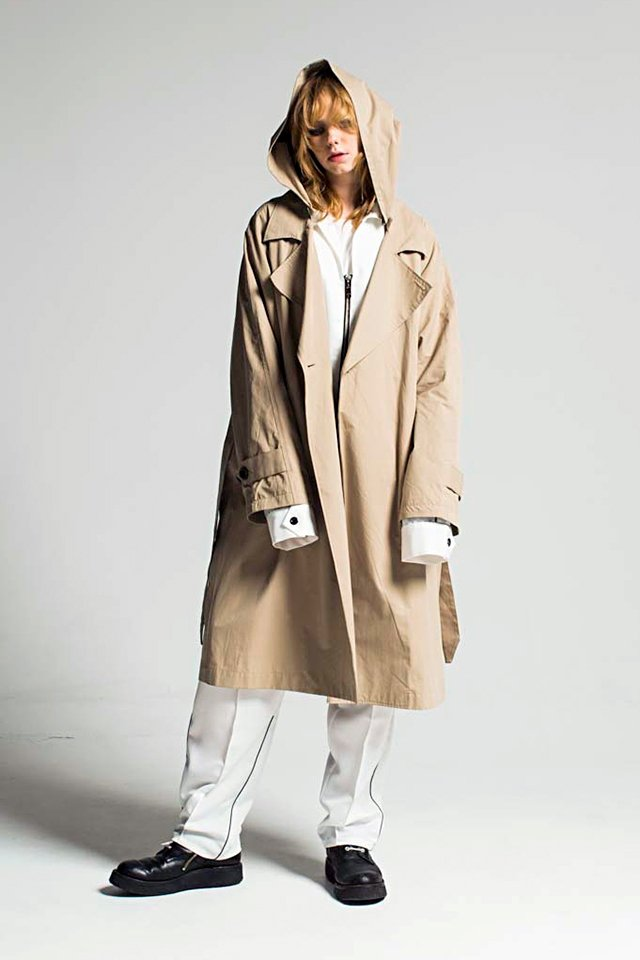 MUZE - HOODED TRENCH COAT (BEIGE)「ミューズ」[アウター]