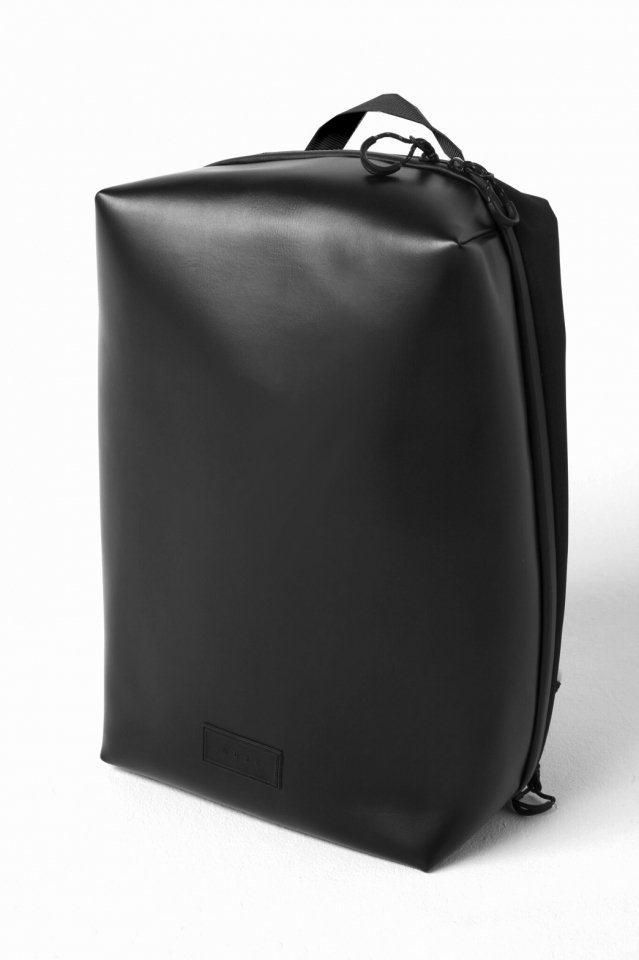MUZE × beruf baggage - PVC BACK PACK (BLACK×BLACK)「ミューズ」[バッグ]