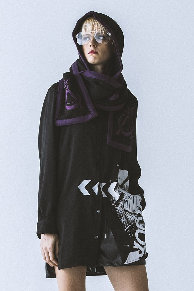 【40%OFF】PARADOX - HOODED MUFFLER (BLK-VIOLET) 「パラドックス」[マフラー]