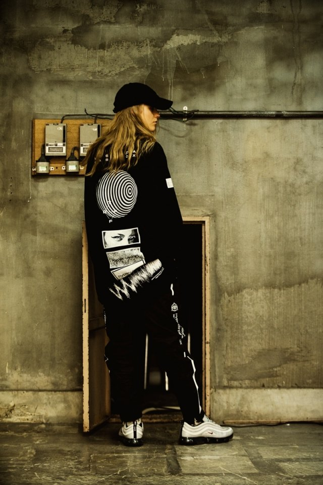 LEGENDA × PARADOX - LONG L/S TEE(clairvoyance ball/BLACK)「パラドックス」[シャツ]