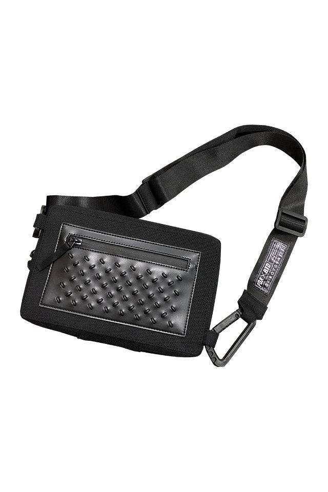 PRDX PARADOX TOKYO × BLACK TRIANGLE DESIGN - STUDS BODY BAG (BLACK)