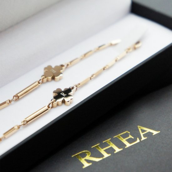 RHEA ネックレス ゴ−ルドクロ−バ−