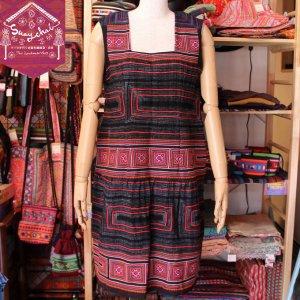 ベトナムモン族刺繍サイドボタンワンピース(ピンク)