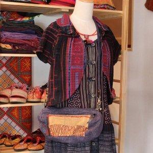 ナガ族刺繍ストーンウォッシュ斜め掛けバッグ