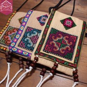 モン族クロスステッチ刺繍フリンジ付きミニポシェット
