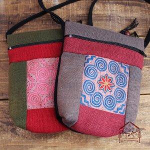 白モン族刺繍ミニポシェット