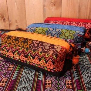 モン族刺繍チャーム付きカラフルポーチ