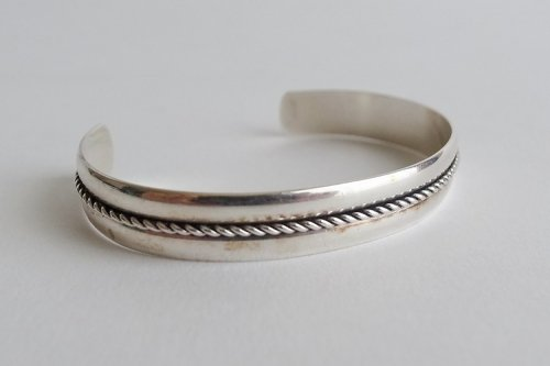 Navajo Bangle<br>The Bell Trading Company