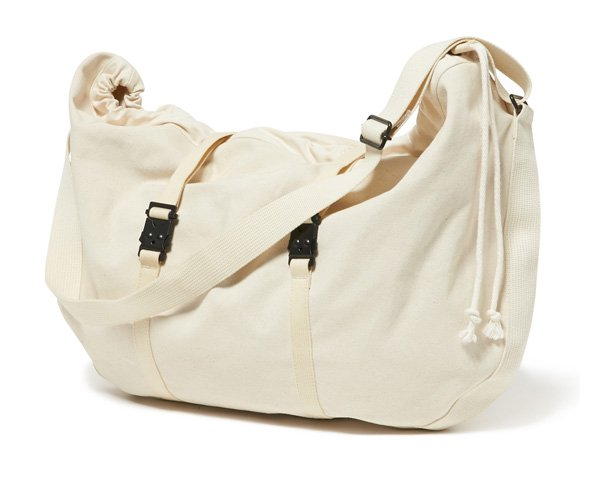 <img class='new_mark_img1' src='//img.shop-pro.jp/img/new/icons50.gif' style='border:none;display:inline;margin:0px;padding:0px;width:auto;' />[hobo] Cotton Canvas  Shoulder Bag Round