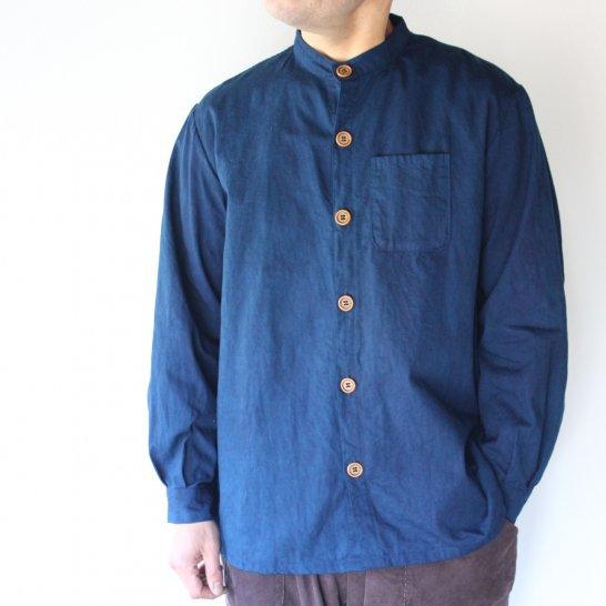 バンドカラーのオックスフォードシャツ《群青色》