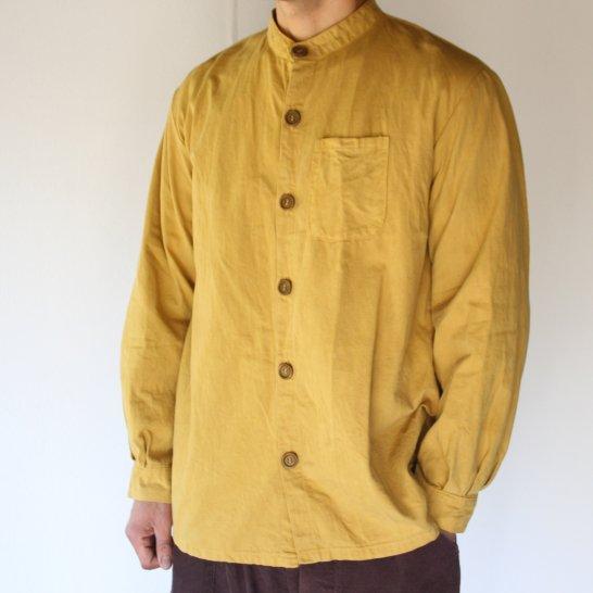 バンドカラーのオックスフォードシャツ《柑子色》