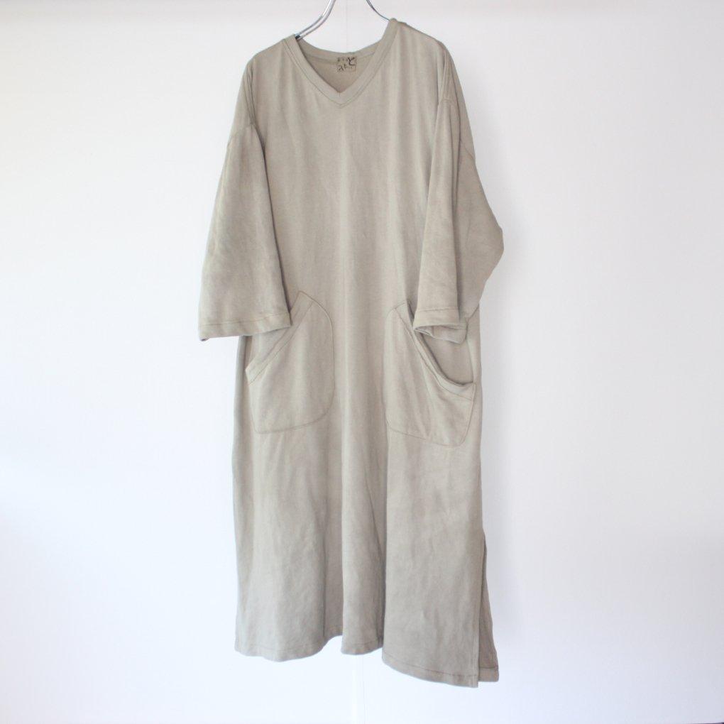 neGoto V-neck Dress