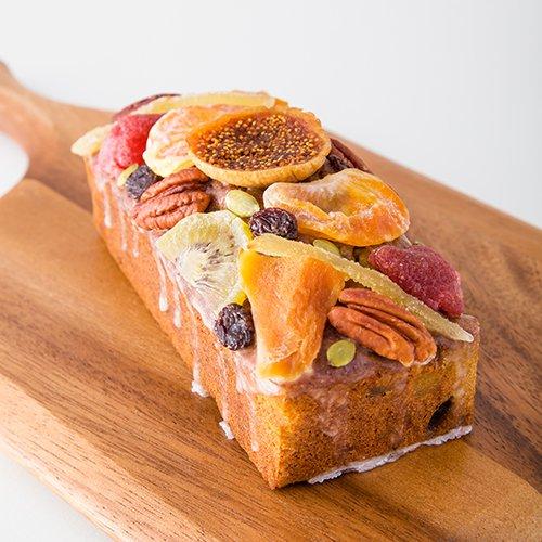 マテパウンドケーキ 9種のドライフルーツやナッツ