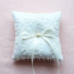 Lace Ring Pillow - Floret Ivory