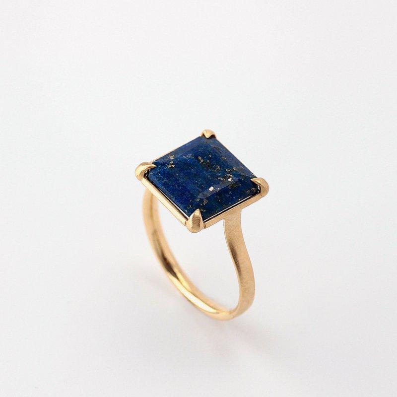 Lapis Lazuli Ring K18