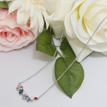 ビジューなスワロフスキーと淡水真珠のペンダントネックレス