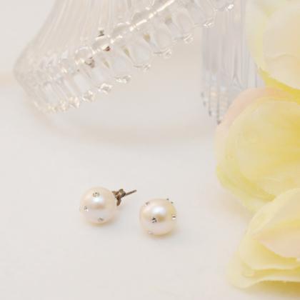 淡水真珠と埋め込みスワロフスキーのピアス(イヤリング)