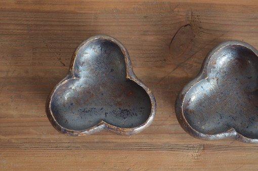 黒釉三ツ割豆鉢