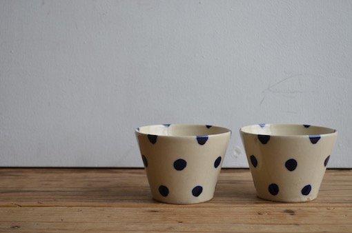 染付フリーカップ (水玉)