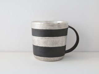 マグカップ(銀彩) 黒・ボーダー B
