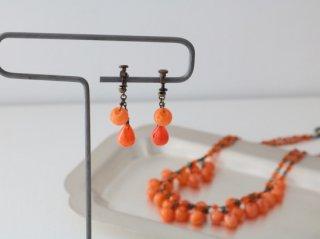 ミサキカナ オレンジのイヤリング