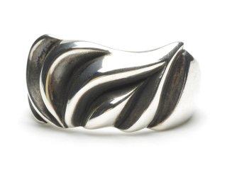 Gene Dee ジーンディ Distress Ring