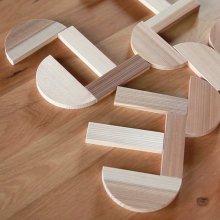 【KItoTEto】 百年杉の森の積み木 −曲げわっぱが積み木になった−